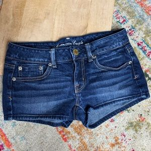 American Eagle denim jean shorts size 2